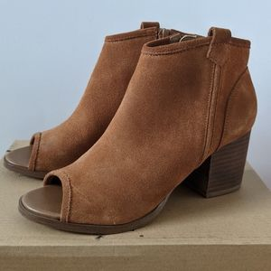 Aldo Ankle Booties Brown Suede Size 6